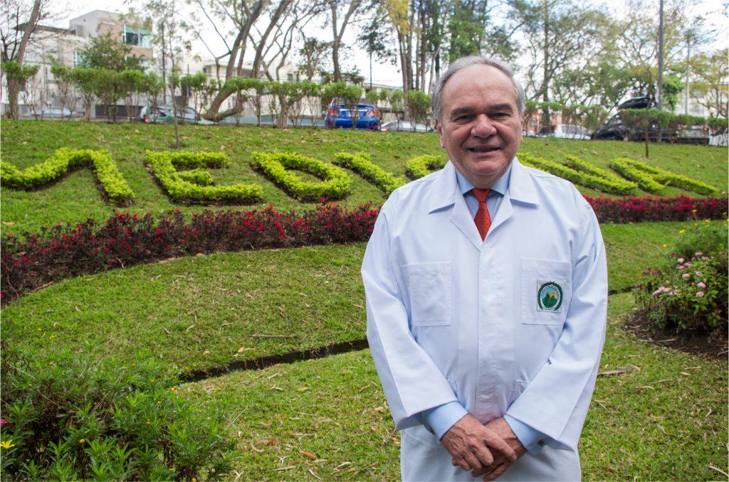 Foto Dr. Fernando Morales Martínez